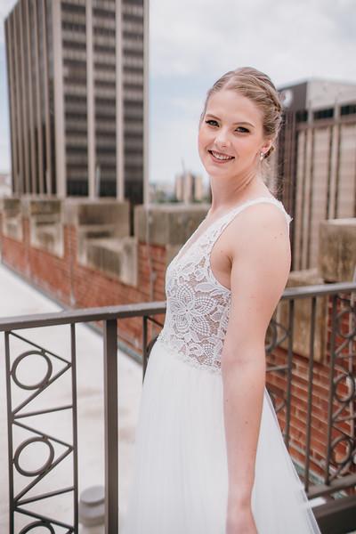 [Bridal Prep] Liz-Dylan-30.jpg