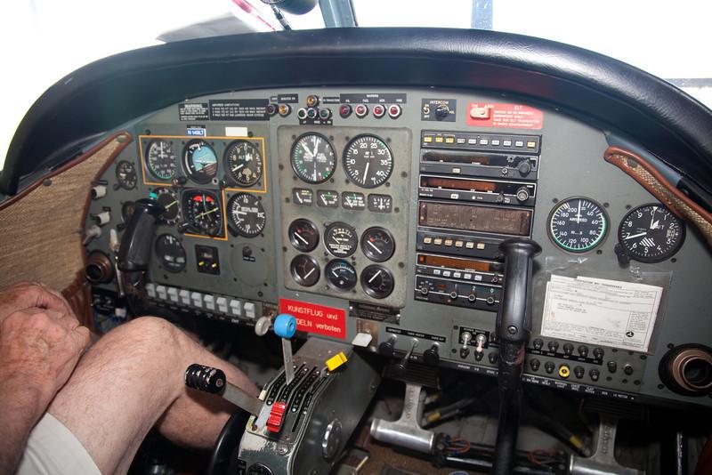 Dad's New Plane-8.jpg