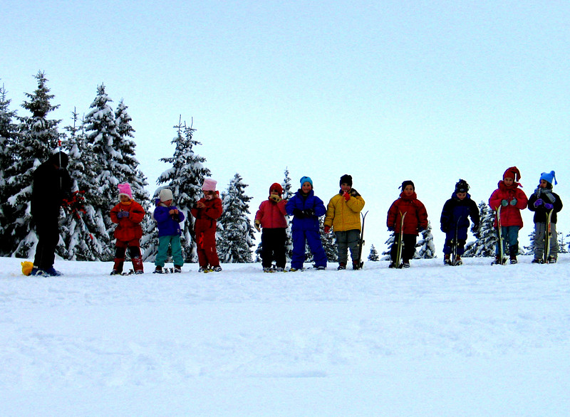 Serbian Children Skiing.jpg