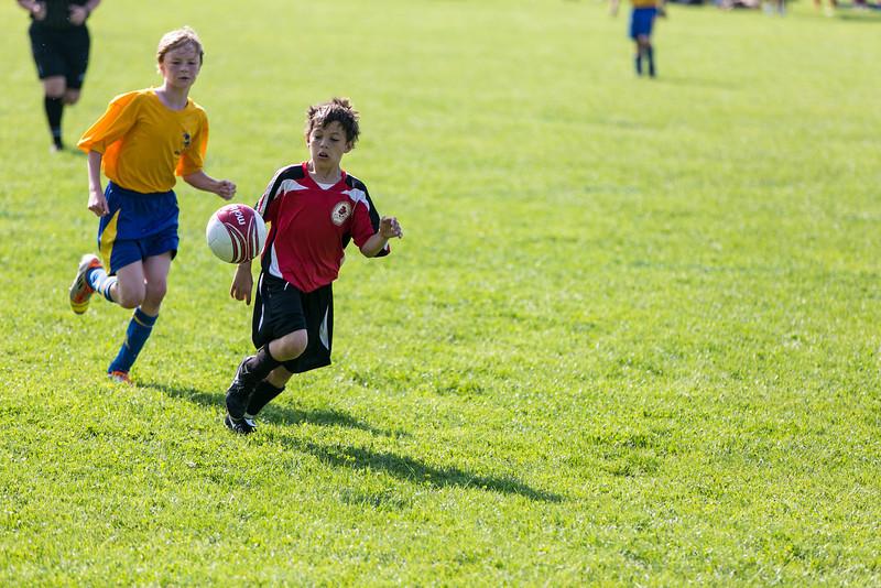 amherst_soccer_club_memorial_day_classic_2012-05-26-01032.jpg