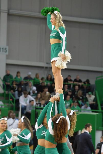 cheerleaders6938.jpg