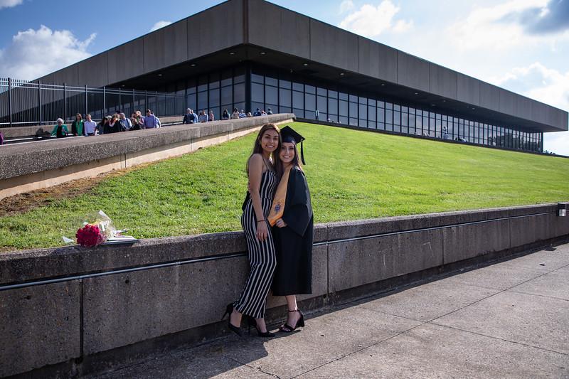 Graduation 2019-0572.jpg