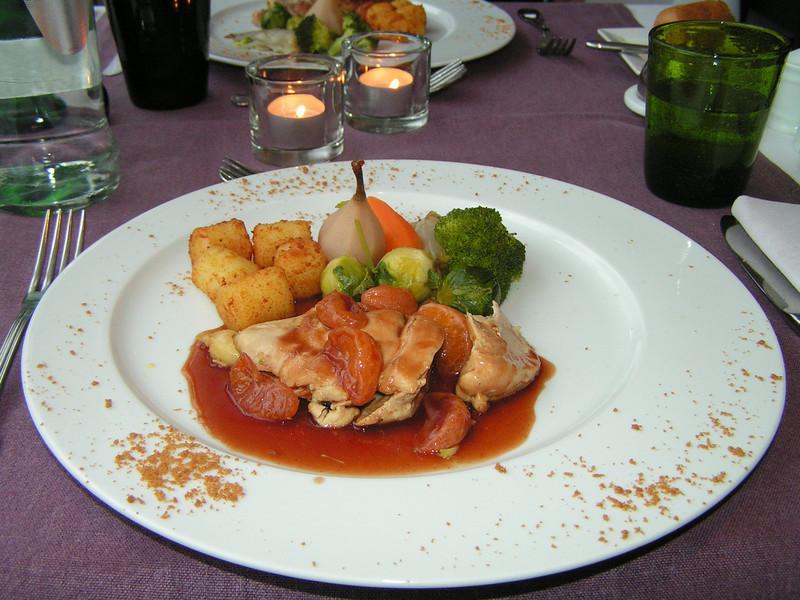 """""""Suprême van vrouwtjes fazant in aigre-doux sausje van mandarijntjes vergezeld van kleine groentekrans en mini kroketjes"""" (Lunch-02-01-2009)"""