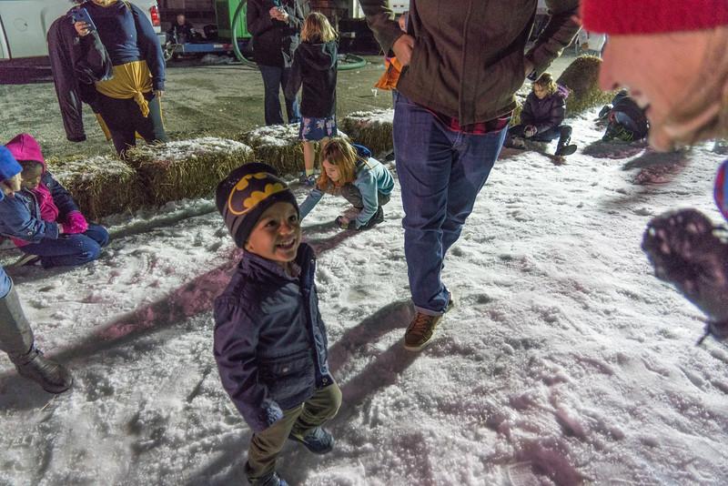 SNOW DAY 2017 FAMILY_ (13 of 46).JPG