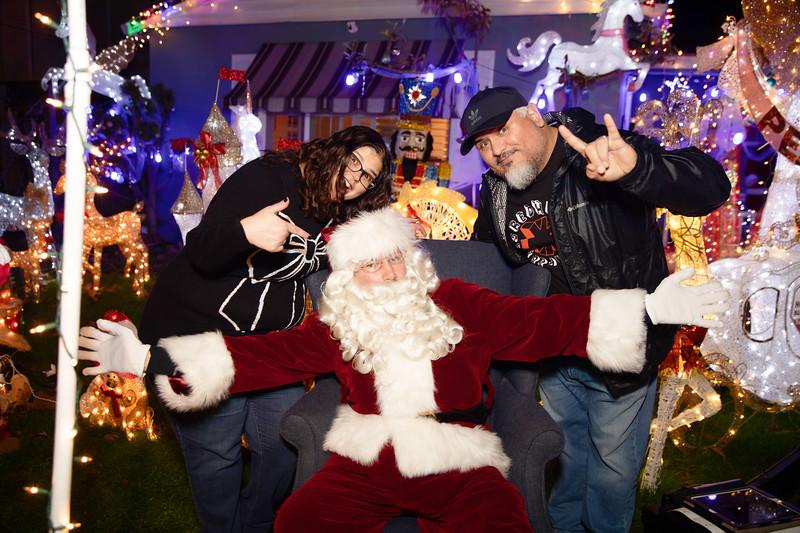 12-08-19-Christmas With Chris & Family-42.jpg