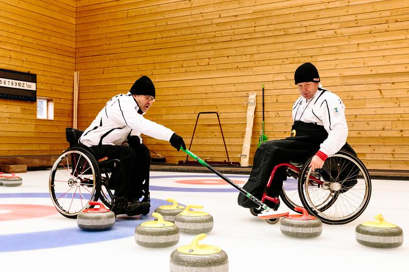 ParalympicsCurlingteamLuzernJan18-21.jpg