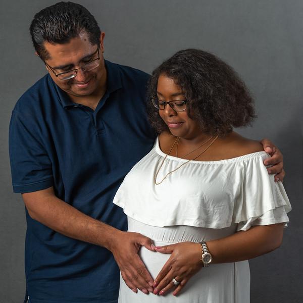 Jenn-Maternity-Photoshoot-2931-Edit.jpg