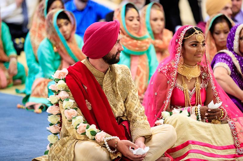 Neelam_and_Matt_Gurdwara_Wedding-1458.jpg