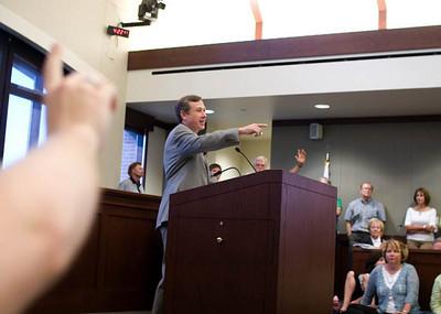 Congressman Mark Kirk's Town Hall Meeting 8/24/09