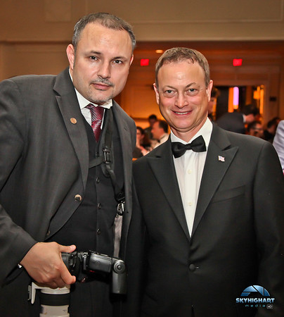 GARY SINISE FRONTIERS OF FREEDOM