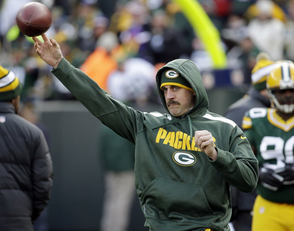 . <p><b> Packers at Cowboys (-7):</b> <p>Green Bay�s Aaron Rodgers admits that the healing from his broken collarbone is going slowly and that he�s unlikely to play Sunday. That�s OK, because even a sub like Matt Flynn can run right through Dallas� matador defense. <p>Pick: <b>Packers by 7</b> <p>     (AP Photo/Mike Roemer)