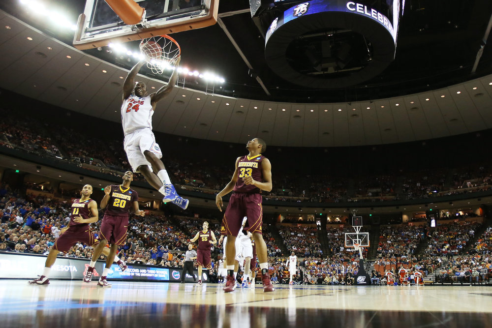 . Casey Prather #24 of the Florida Gators dunks on the Minnesota Golden Gophers in the first half during the third round of the 2013 NCAA Men\'s Basketball Tournament at The Frank Erwin Center on March 24, 2013 in Austin, Texas.  (Photo by Ronald Martinez/Getty Images)