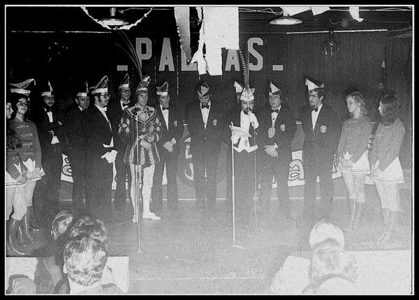 Paljas Wim II met RvE.jpg