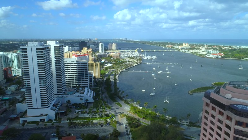 Aerial helicopter tour West Palm Beach FL