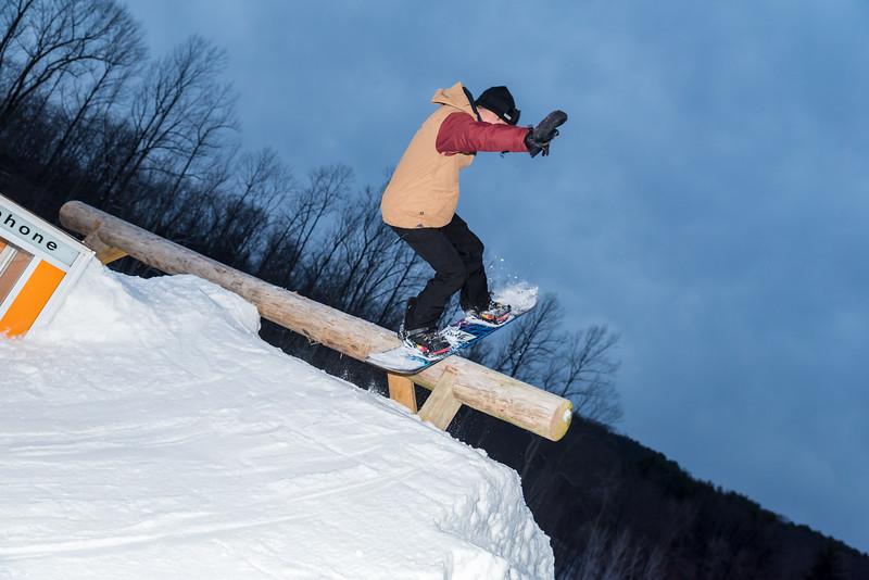 The-Woods_Snow-Trails-Mansfield-Ohio-8597.jpg