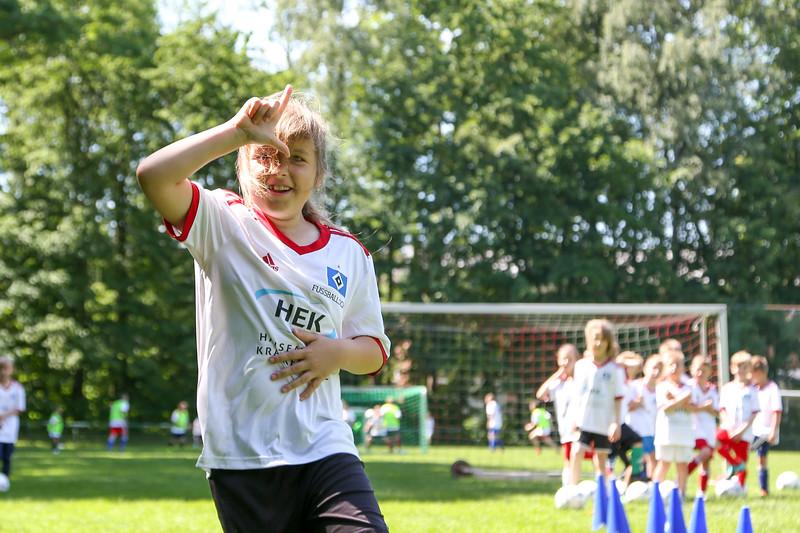 hsv_fussballschule-393_48047955651_o.jpg