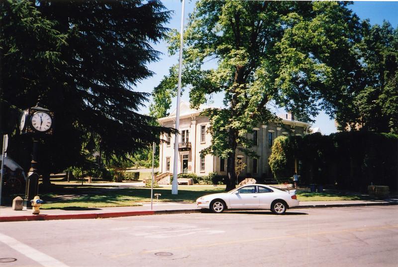 Lakeport Museum 2004-a.jpg