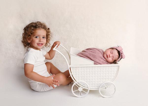 Faigy Newborn Pics