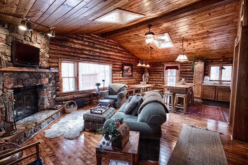 Cabin--1.jpg