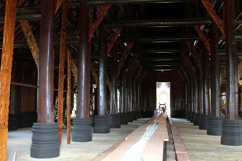 Black House - Baan Dam - July 2011 Black House/Black Temple, Baan Dam, created by artist Thawan Duchanee. The grounds include nearly 40 small black houses made of wood, glass, concrete, bricks or terracotta in various unique styles and design scattered around the temple's area. The cluster of houses accommodates Thawan's collections of paintings, sculptures, animal bones, skins, horns, silver and gold items from around the world.