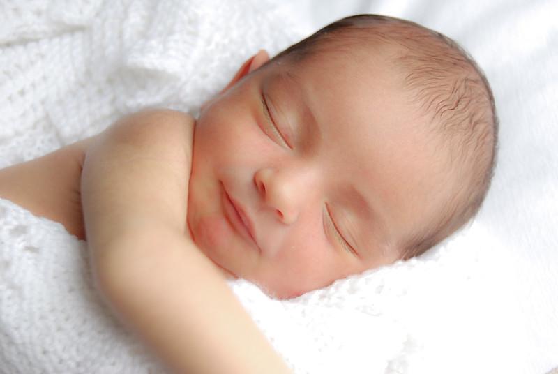 baby corby 8 days (128).JPG