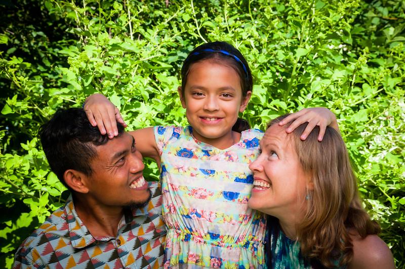 Sonja and Family-29.jpg