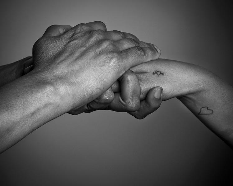 Hands_L05_1s.jpg