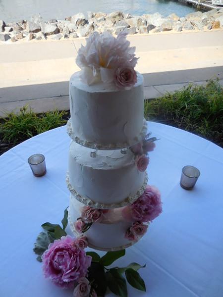 Cake flowers ( peonies roses) $35