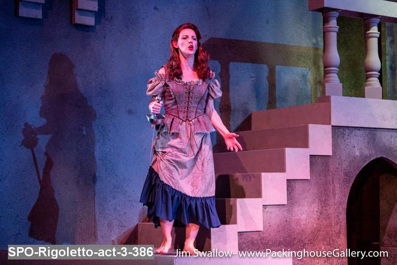 SPO-Rigoletto-act-3-386.jpg