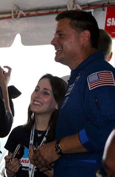 @KelleyApril with astronaut Doug Wheelock (@Astro_Wheels)