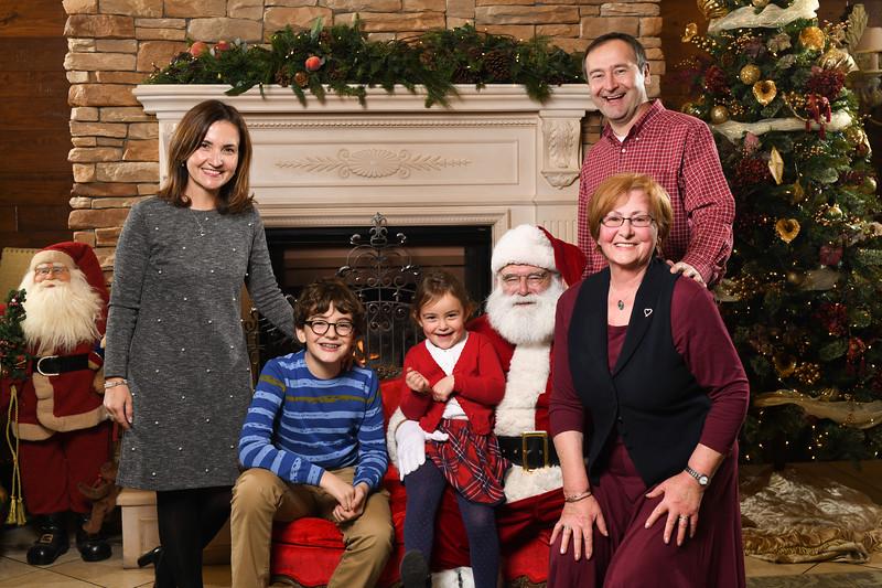 Santa2018.TylerBoye.-186.jpg