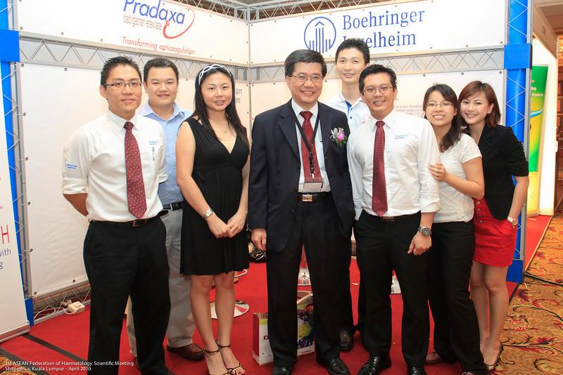 Poh Ow Ee, Henry Chin, Sharon Yip, Dr Ng, Jack Wong, Alvin Ong, Mah Suet May, Angelina Tiah - Boehringer