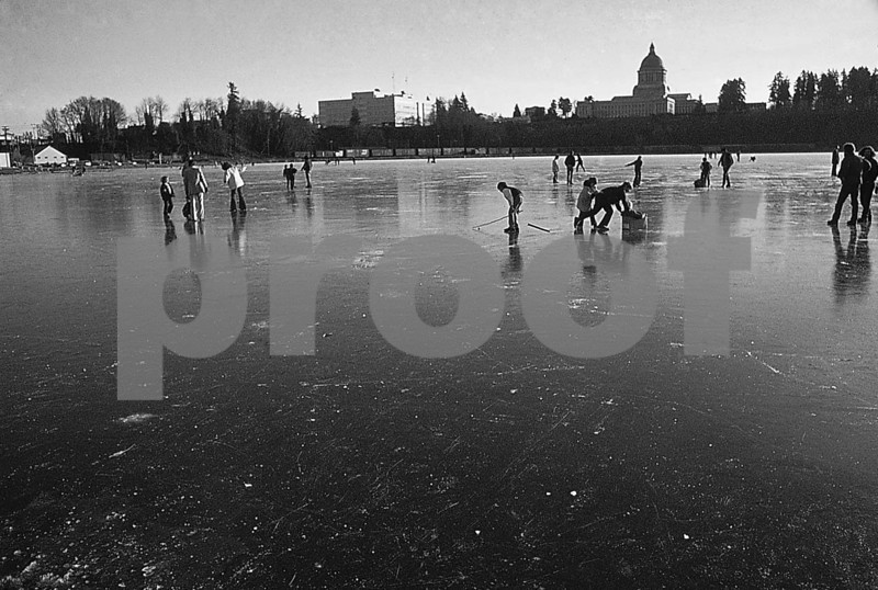 Capitol Lake frozen solid on December 10, 1972.
