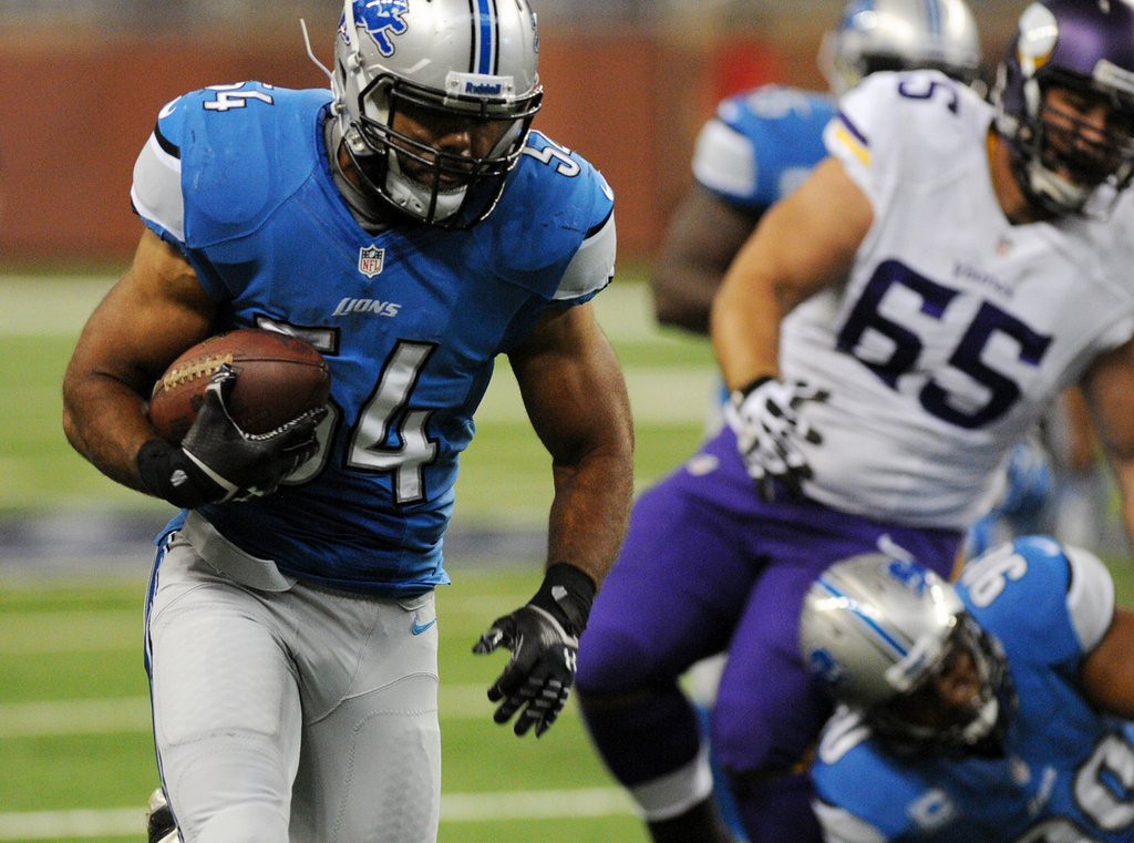 . <p><b> Lions at Cardinals (+1½):</b>  <p>Detroit�s Ndamukong Suh is appealing his $100,000 fine for chop-blocking the Vikings� John Sullivan. It�s believed to be the largest fine ever levied against an unfrozen cave man. <p>Pick: <b>Lions by 3</b> <p>    (Pioneer Press: Chris Polydoroff)