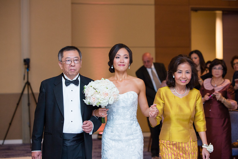 Le Cape Weddings - Drew and Lynna Rosemont Convention Schaumburg_-424.jpg