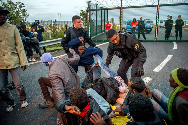 2015-08-11 Channel Tunnel Immigration Crisis