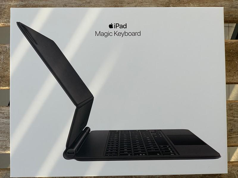 Apple iPad Magic Keyboard Singapore