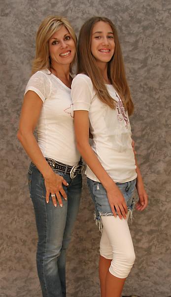 Mom & Daughter 002 copy.jpg