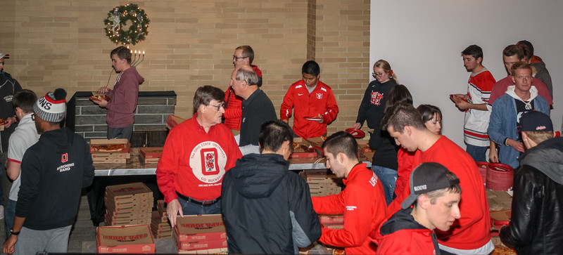 181205_Pizza Party_004.jpg