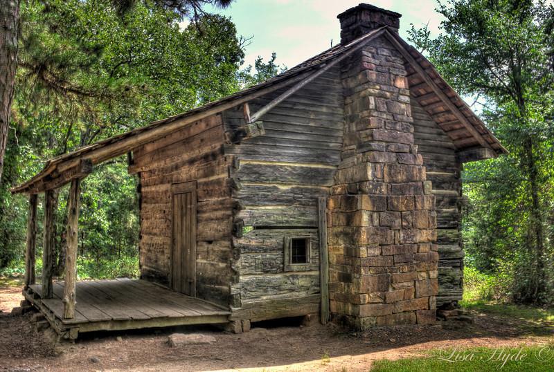 Pioneer Cabin at Petit Jean