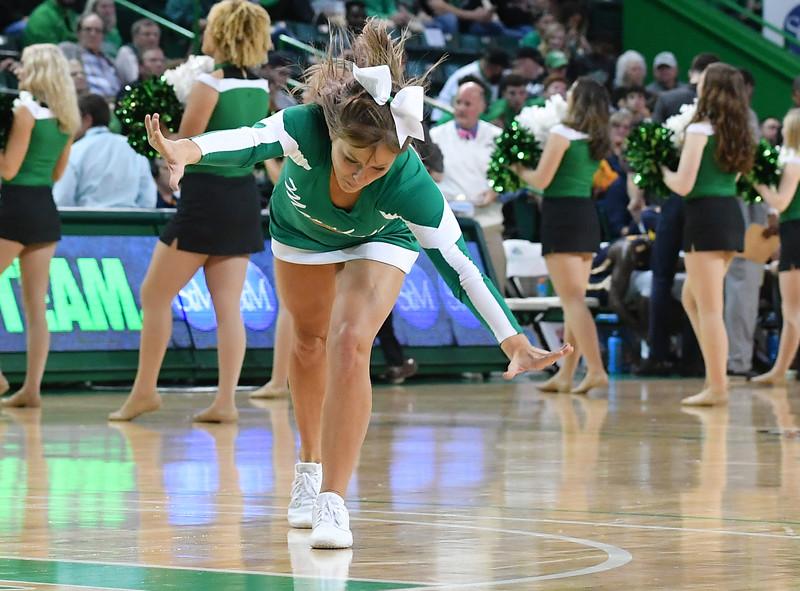 cheerleaders8780.jpg
