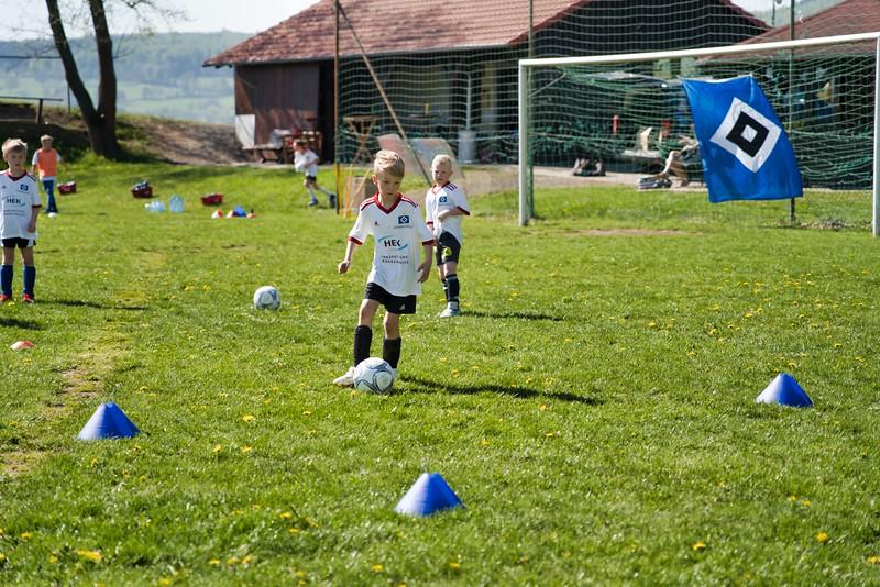 hsv-fussballschule---wochendendcamp-hannm-am-22-und-23042019-w-58_47677906132_o.jpg