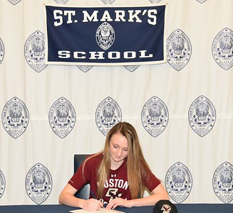 Riley Lochhead '17 NLI to play soccer at Boston College