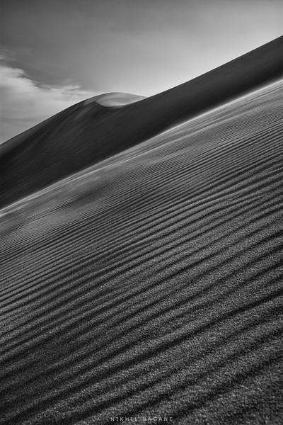 Diagonal dunes
