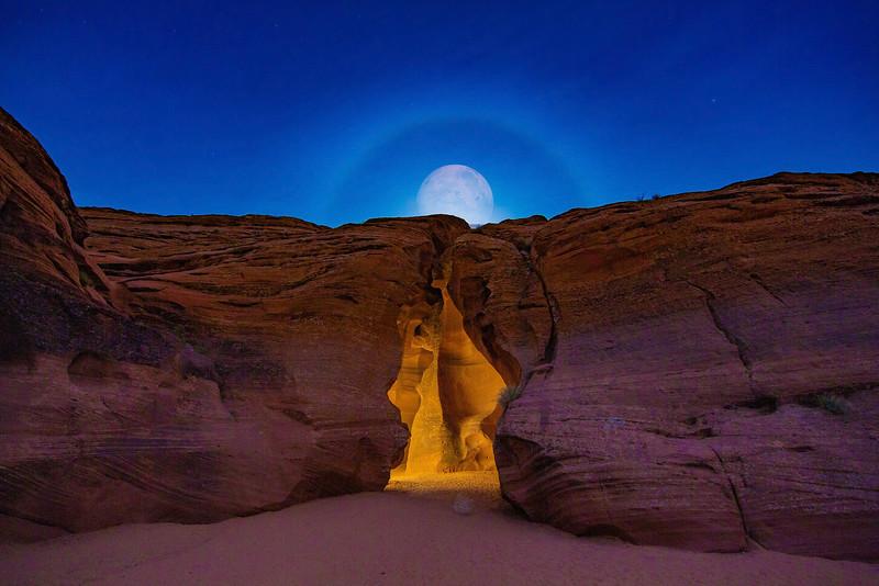 Antelope Canyon night moon.jpg
