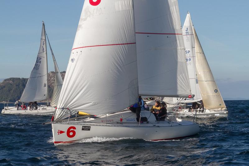 ISIC else 0 ESP 1018 923 Bror \-5-6-11 Escolas de vela TABANCA LEXUS BREOGAN 5