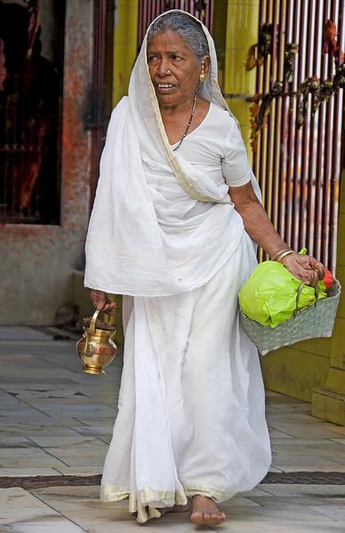 XH-INDIA-20100223A-359A.jpg