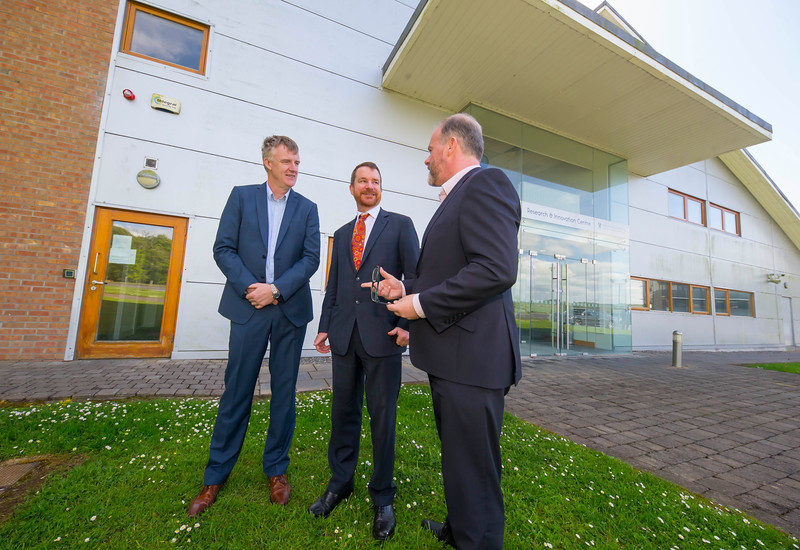 16/05/2017. Pictured at WIT ArcLabs where the Australian ambassador Richard Andrews visited. Pictured are Ben Cronin, Australian ambassador Richard Andrews and Ciaran Cullen. Picture: Patrick Browne