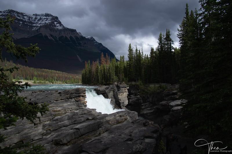 Athabasca Falls-2-1.jpg