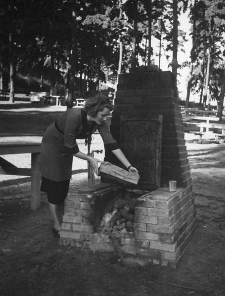 1937, Ethel Schultheis